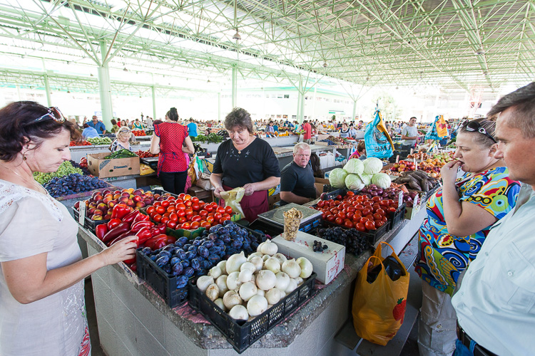The food market in Tiraspol