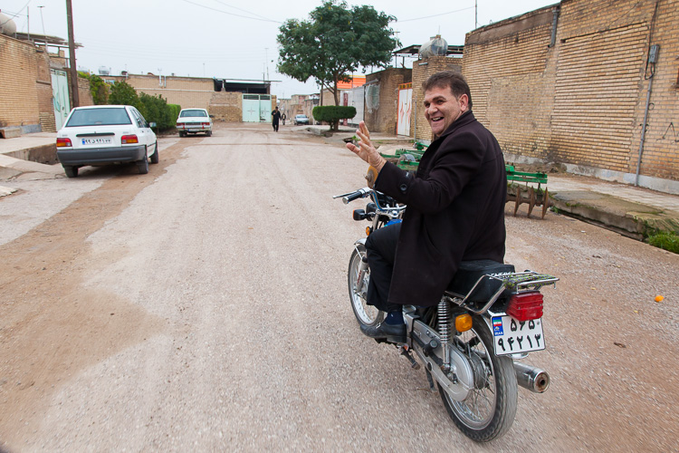 Driving through Montazeri, a tiny village near Iraq
