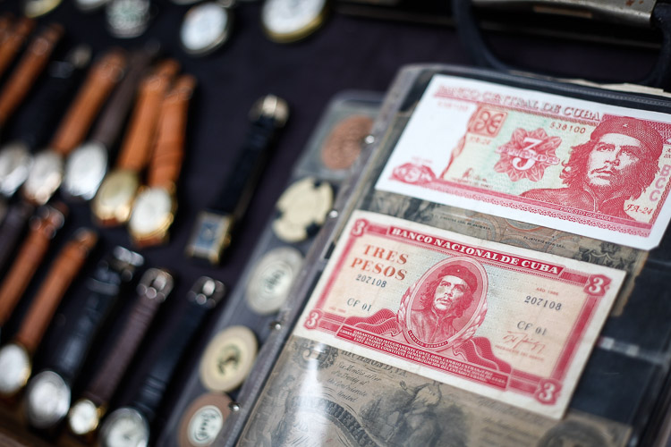 Nostalgic money in Cuba, featuring Ernesto Guevara