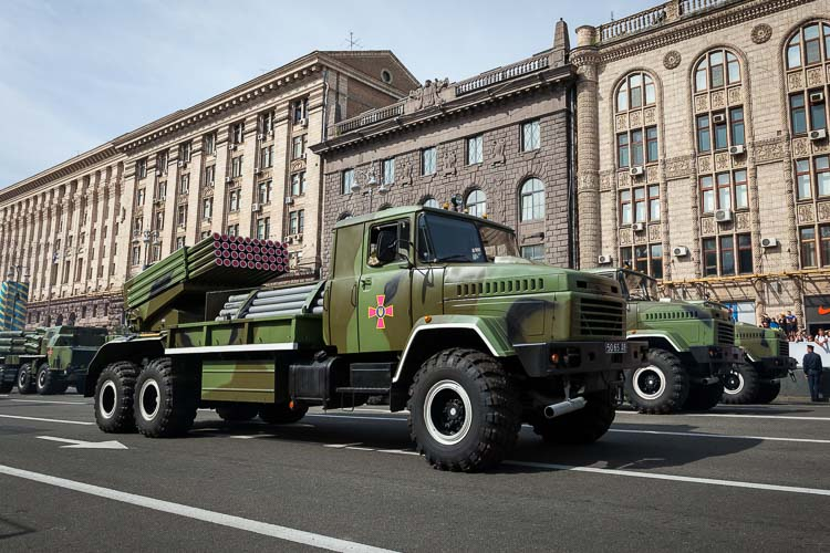 Bastion-2 122mm (BM12 Grad) multiple rocket launcher.
