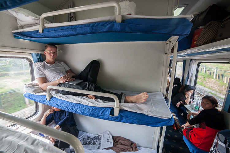 I spent 31 hours on this train between Chengdu and Shanghai, it was almost fully booked (photo taken from tripod)
