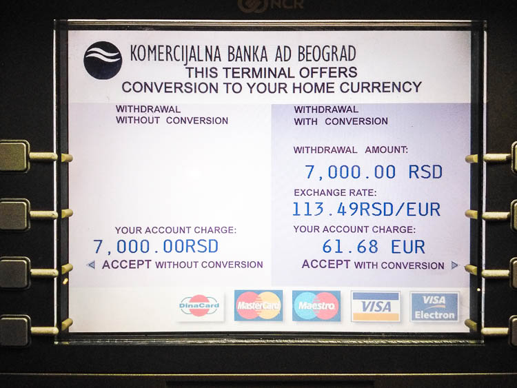 On the first screen you will be given the option to have a standard style cash withdrawal (left), or let the local bank decide for you on the spot the currency exchange rate (right). (2015 © Bart van Eijden)