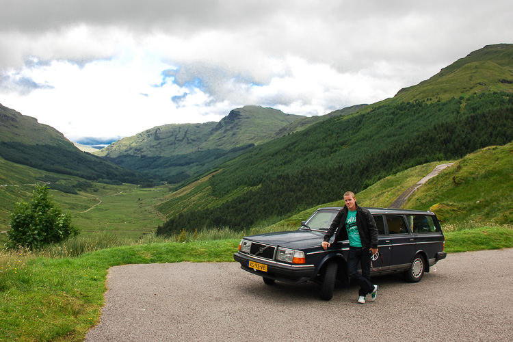Driving an old Volvo diesel somewhere in Scotland (picture: Rutger)