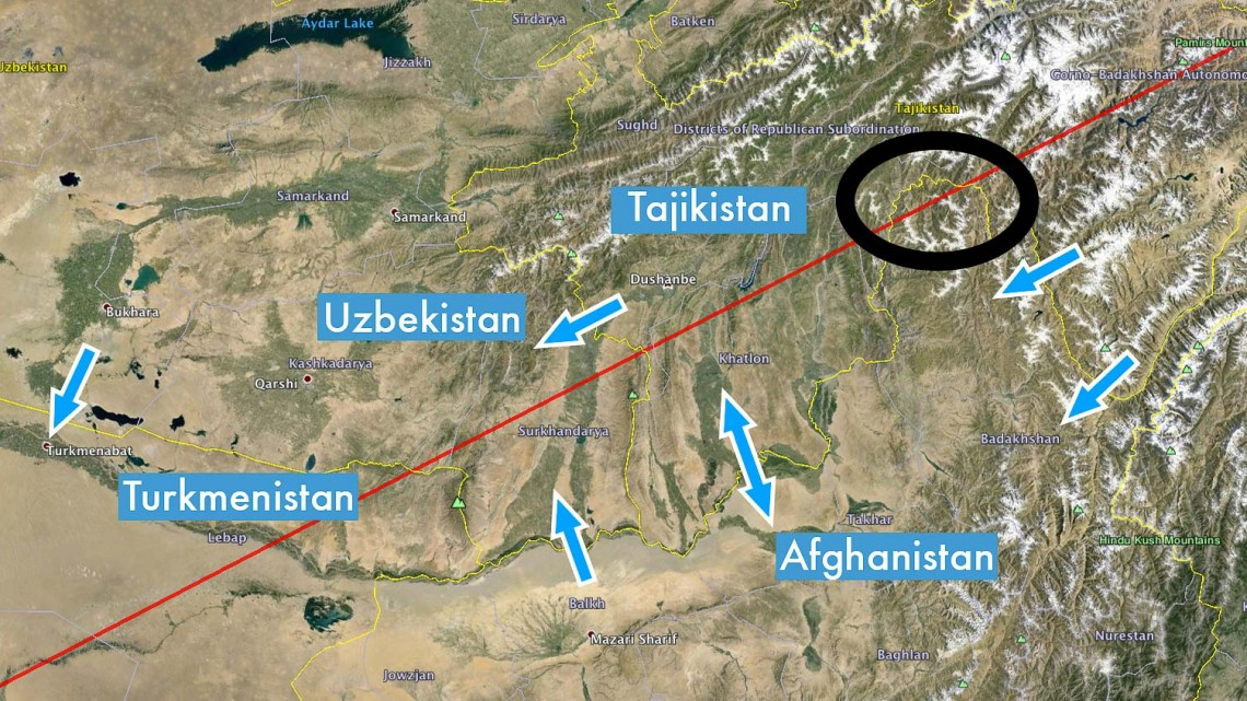 The way the line runs through Afghanistan can be considered one of the obstacles. The arrows I have placed exactly at the available border crossing for foreigners (click to enlarge)